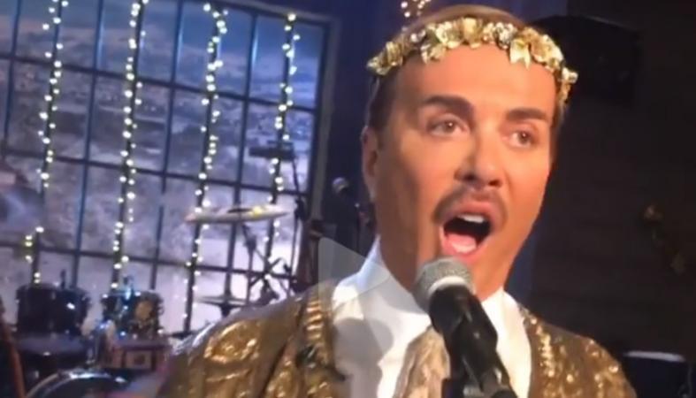 Το κρυφό ταλέντο του Λάκη Γαβαλά - Δείτε τον να τραγουδά όπερα! [βίντεο] - Κεντρική Εικόνα