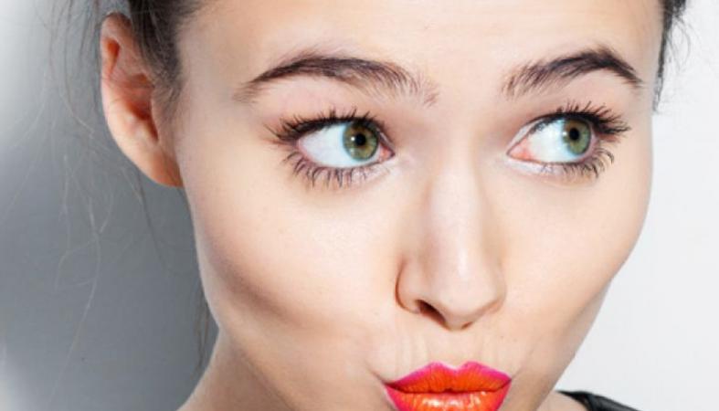 Ένας απλός συνδυασμός θα κάνει αμέσως μοδάτα τα καλοκαιρινά looks σου - Κεντρική Εικόνα