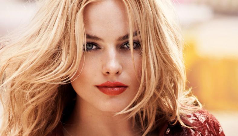 H Margot Robbie έγινε ξανά πραγματικά αγνώριστη [εικόνες] - Κεντρική Εικόνα