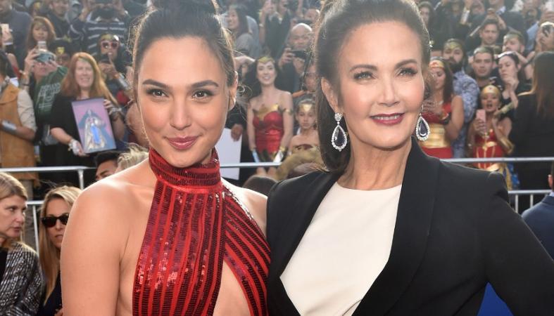 Δύο... Wonder Women συναντήθηκαν στο κόκκινο χαλί [εικόνες] - Κεντρική Εικόνα