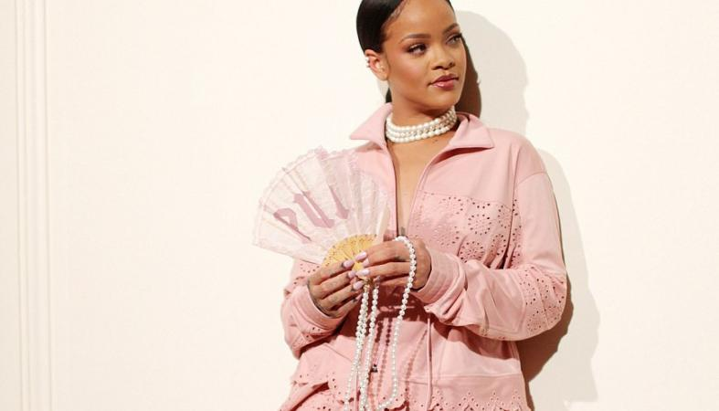 H Rihanna έκλεψε τις εντυπώσεις στο Fenty X Puma σόου [εικόνες] - Κεντρική Εικόνα