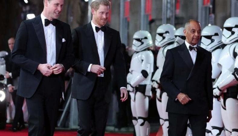 Χωρίς τις Kate και Meghan πήγαν οι δυο πρίγκιπες στην πρεμιέρα του Star Wars - Κεντρική Εικόνα