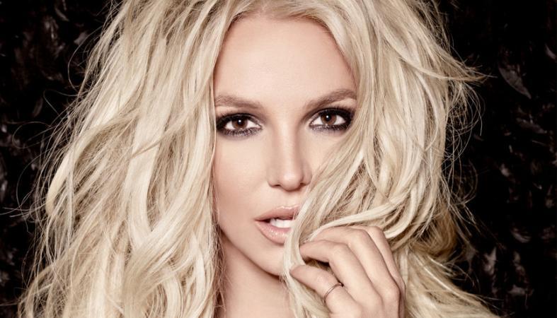 H Britney Spears με πολύ καυτό σορτσάκι δείχνει την ευλυγισία της [βίντεο] - Κεντρική Εικόνα