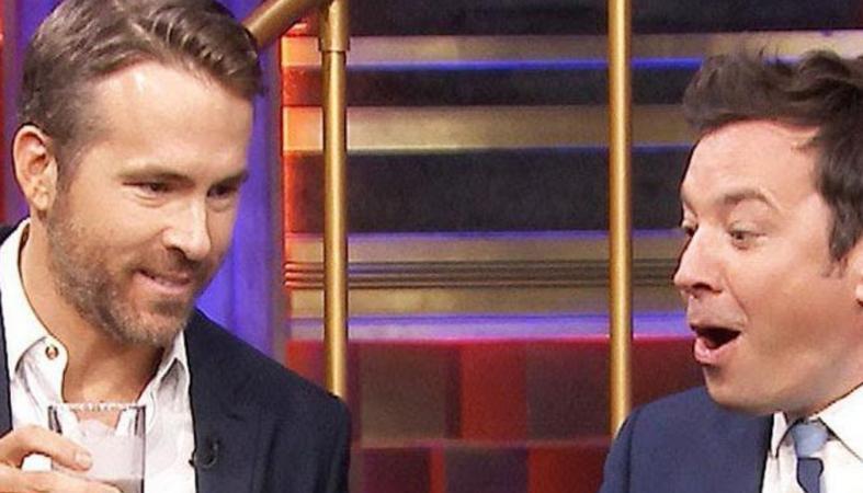 O Ryan Reynolds ήπιε τα πιο αηδιαστικά κοκτέιλ παρέα με τον Jimmy Fallon - Κεντρική Εικόνα
