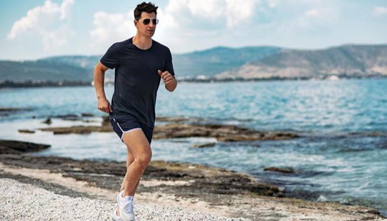 Αν δεις τι σώμα έχει ο Σάκης Ρουβάς θα αρχίσεις τη γυμναστική και τη διατροφή - Κεντρική Εικόνα