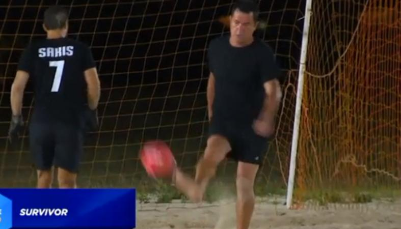 Survivor: Απόψε ο Σάκης και ο Ατζούν θα παίξουν ποδόσφαιρο [βίντεο] - Κεντρική Εικόνα