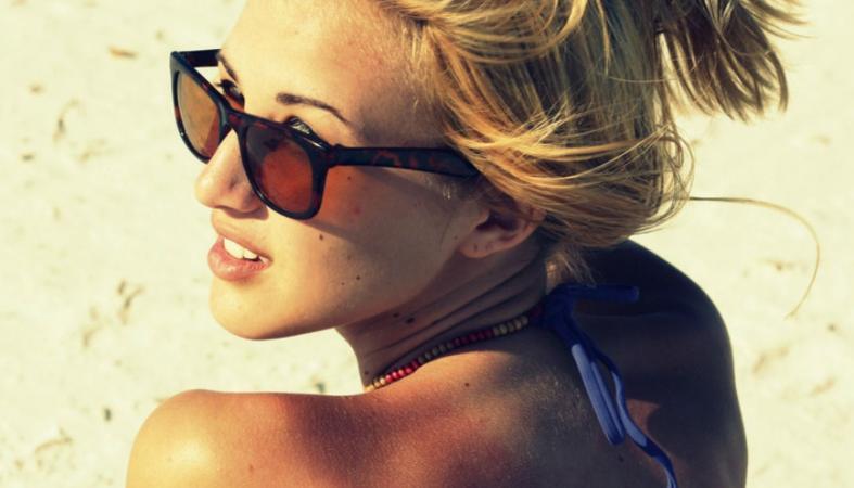 5 φυσικά υλικά για να αντιμετωπίσετε το ξεφλούδισμα από τον ήλιο - Κεντρική Εικόνα