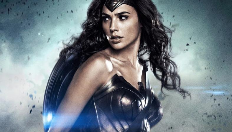 H Maybelline ετοιμάζει σειρά μακιγιάζ με θέμα τη Wonder Woman  - Κεντρική Εικόνα