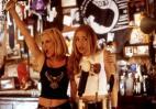 Μια barwoman σου δίνει συμβουλές για το πως να φλερτάρεις μια barwoman - Κεντρική Εικόνα