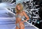 H Elsa ήταν εκθαμβωτική με το Fantasy Bra του 1 εκατομμυρίου δολαρίων [εικόνες] - Κεντρική Εικόνα