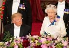 Ο Trump αποκοιμήθηκε ενώ η βασίλισσα Ελισάβετ έβγαζε λόγο; [βίντεο] - Κεντρική Εικόνα