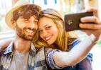Νέα μελέτη αποκάλυψε σε ποια ηλικία οι άνθρωποι είναι πιο ευτυχισμένοι - Κεντρική Εικόνα