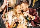 Tips για να βρεις ερωτική σύντροφο στο πρωτοχρονιάτικο ρεβεγιόν - Κεντρική Εικόνα